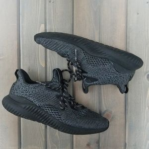Adidas | Mens AlphaBounce Black Running Shoes 10.5